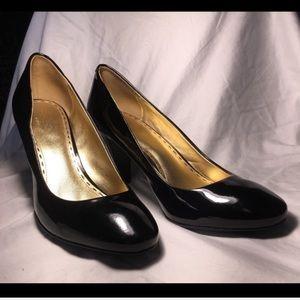 Coach Sheri black patent heels size 10